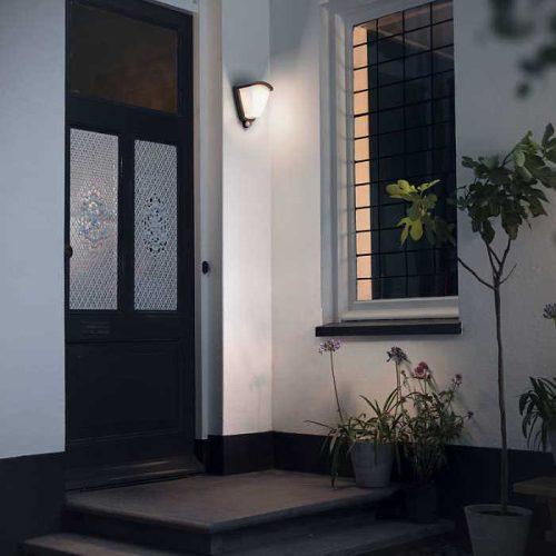 lampara_aplique_pared_sensor_exterior_jardin_kikadee_negro_philips_led_bajo_consumo_mv_1738493PN_alvilamp_1